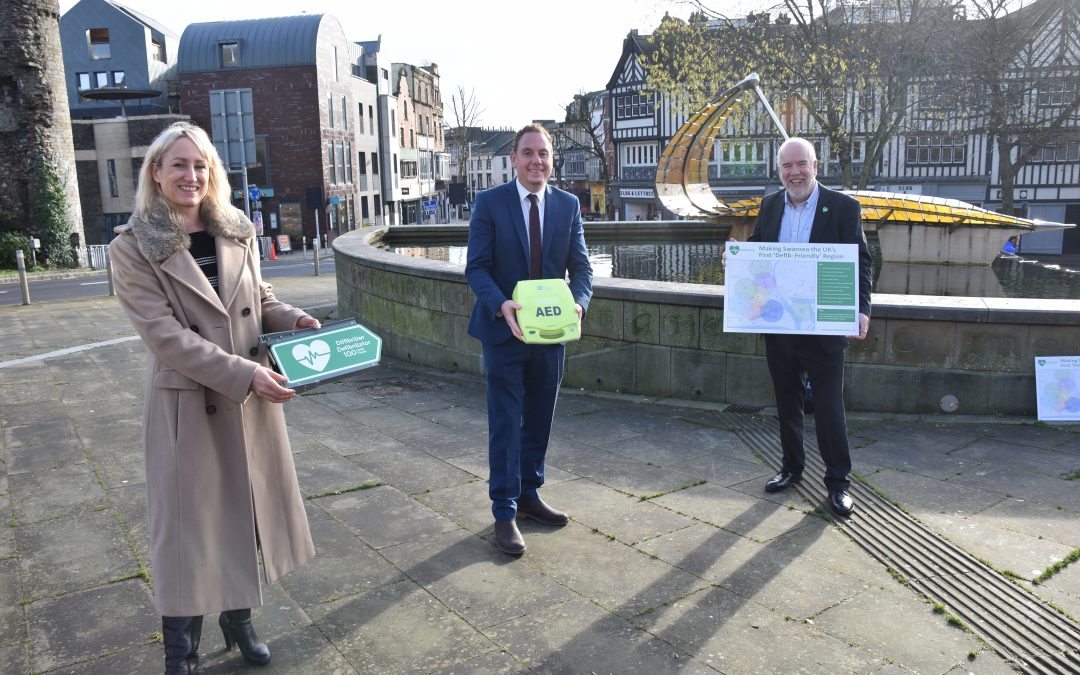 """Swansea set to become first """"Defib friendly"""" UK city"""